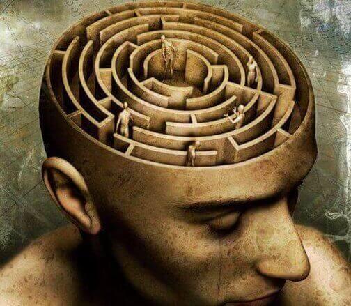 Świadomość przedstawiona jako labirynt w głowie