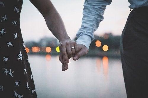 Monogamia - czy jest już tylko ideałem należącym do przeszłości?