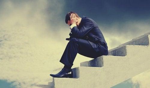 Cudze problemy - dlaczego nie powinniśmy się w nie mieszać?