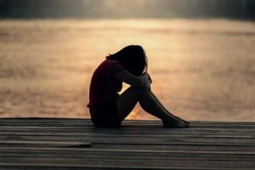 Przemoc w związku u młodzieży – przyczyny