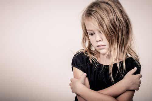 Ofiary nadopiekuńczości - o tym jak wyniszcza stresujące dzieciństwo