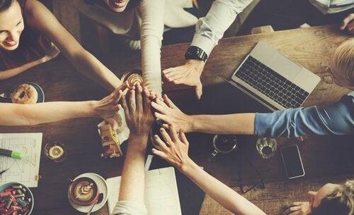 Normy grupowe - dlaczego są potrzebne?