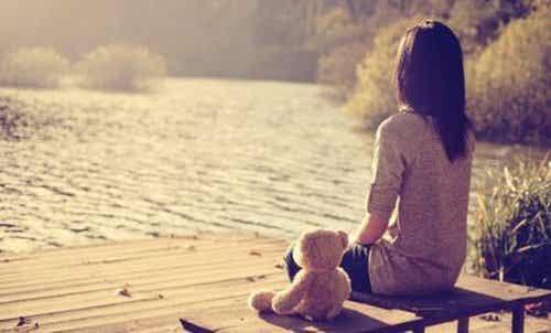 Chroniczne uczucie samotności - skąd się bierze i jak nim zarządzać?