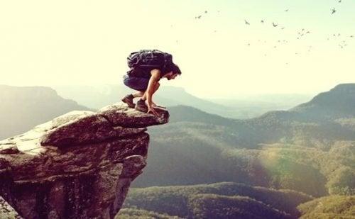 Atrakcyjność ryzyka - dlaczego ludzie mają do niego taki pociąg?