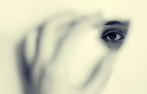 Strach powoduje, że stajemy się niewidzialni