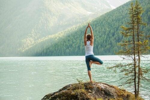 Joga: pozycje, które pomogą Ci wyładować energię