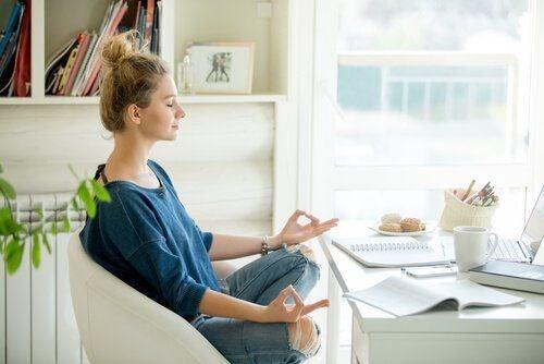 Medytacja na fotelu