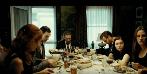 Sierpień w hrabstwie Osage rodzina przy stole