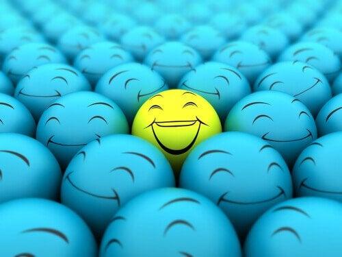 Uśmiech w tłumie