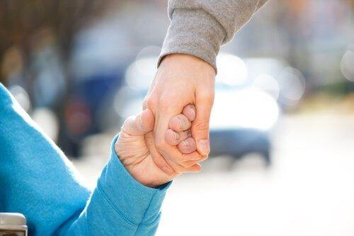 Dwie dłonie