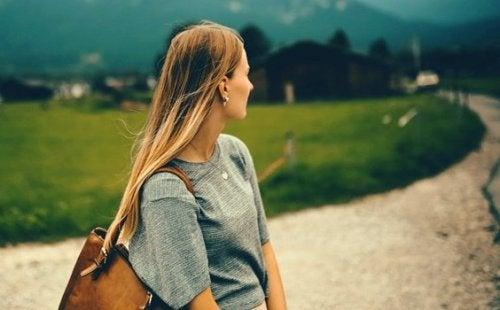 samotna kobieta kontr zależność