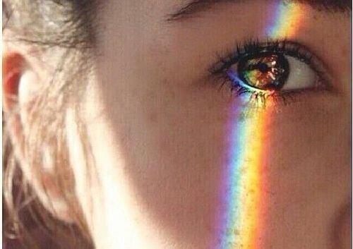 Tęcza na oku