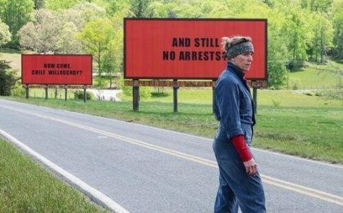 Trzy Billboardy za Ebbing, Missouri: uczucie gniewu w bólu