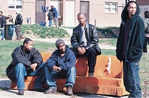 """""""Prawo ulicy"""" - czterech czarnych facetów na podwórku"""