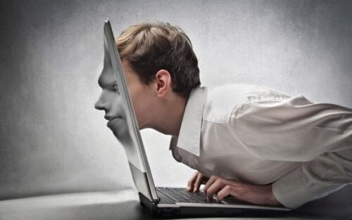 mężczyzna uzależniony od internetu