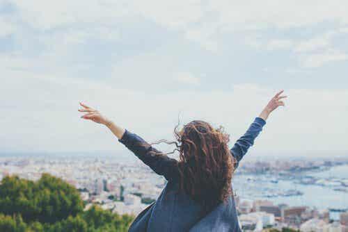 Przyjemność i cel: składniki szczęścia
