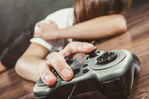 Zaburzenie grania w gry internetowe: czy wiesz, o co w tym wszystkim chodzi?