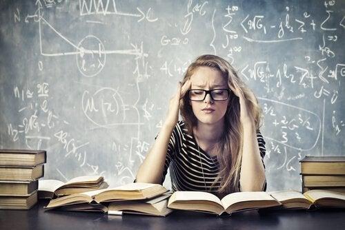 Pięć kluczy pomagających walczyć ze stresem akademickim
