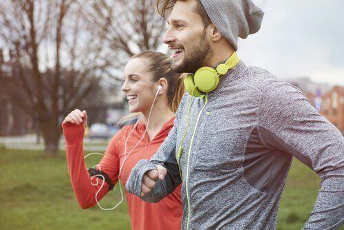 Dziesięć minut ćwiczeń fizycznych dziennie sprawi, że będziesz szczęśliwszy
