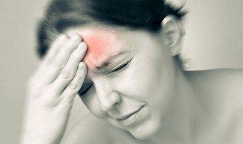 Migreny i dopamina: bardzo bolesny związek
