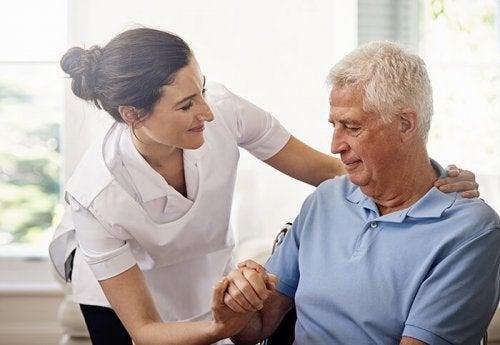 pacjent z opiekunem