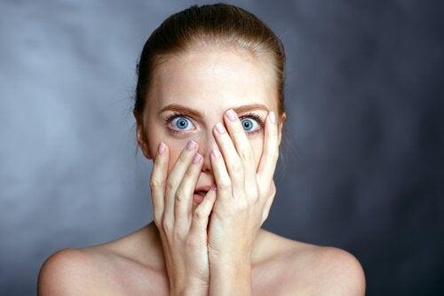 Język ciała podczas strachu - poznaj go nieco bliżej!