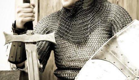 Rycerz z mieczem