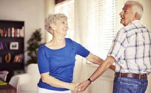 Taniec w podeszłym wieku i płynące z niego korzyści