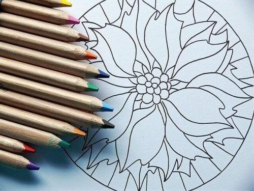 terapia sztuką kolorowanie kredkami