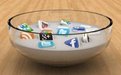 Cyfrowa dieta: kiedy musisz na nią przejść