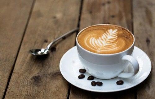 Zapach kawy pobudza mózg i poprawia procesy poznawcze