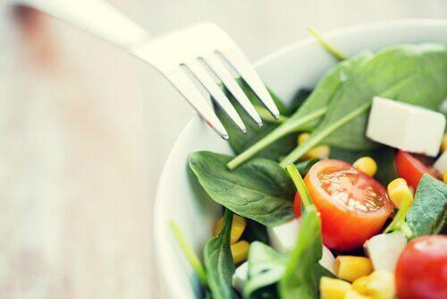 Dieta paleo sałatka