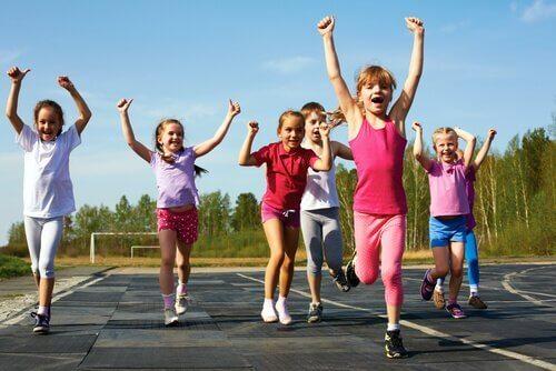 Sport jako ważny element rozwoju dzieci - poznaj jego znaczenie