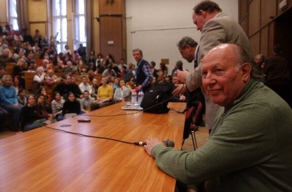 Imre Kertész w trakcie konferencji