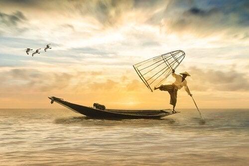 Mężczyzna na łódce