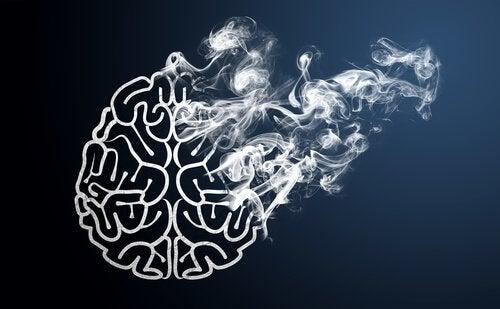 Mózg znikający w dymie