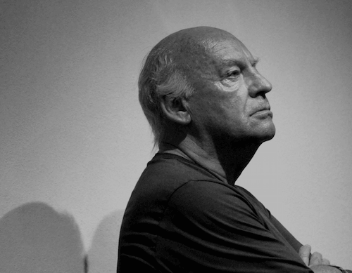 Eduardo Galeano z profilu
