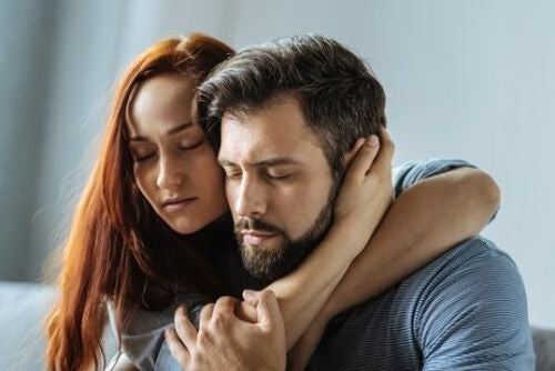 Para obejmuje się - związek z osobą cierpiącą na zaburzenia afektywne dwubiegunowe