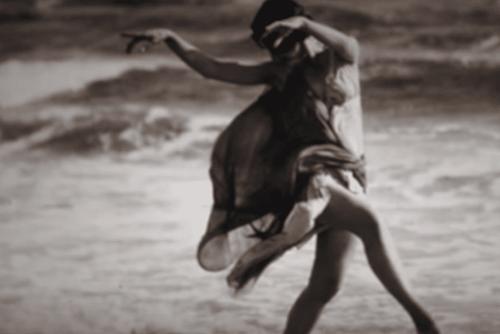 Tańcząca Isadora Duncan