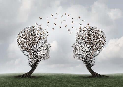 Drzewa w formie głów
