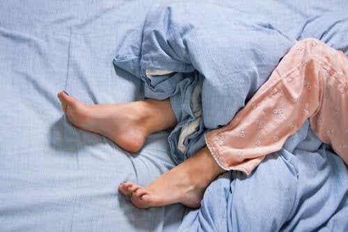 Zespół niespokojnych nóg, a kora ruchowa - poznaj tę istotną zależność!