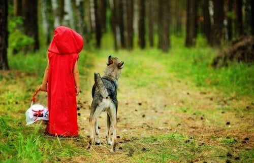Dlaczego postać wilka w Czerwonym Kapturku wcale nie jest taka zła?