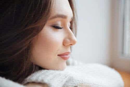 ASMR: przyjemność i relaks dla niektórych szczęśliwców