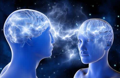 Dwie osoby łączące się ze sobą, a teoria umysłu