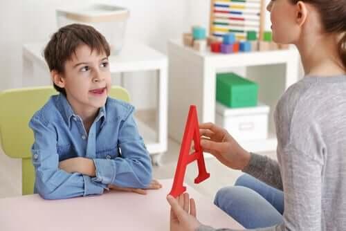 Problemy językowe u dzieci - dowiedz się, jak sobie z nimi poradzić