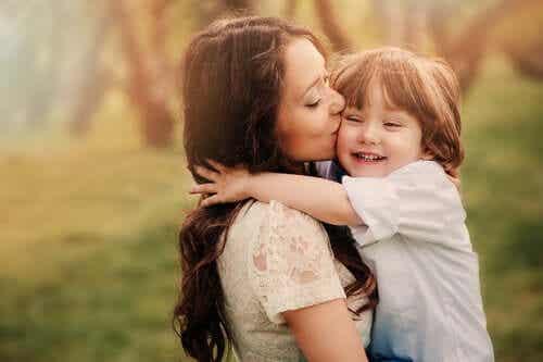 Bezwarunkowa miłość: dlaczego jest ważna dla dzieci?