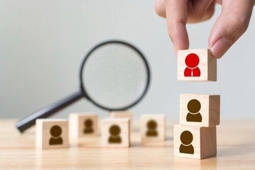 Psychologia biznesu: zastosowania i korzyści z niej płynące