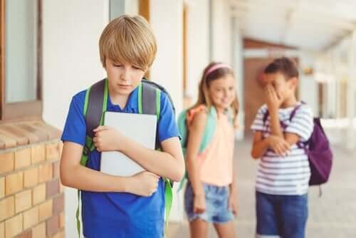Bullying - czy wiesz, jak i gdzie zgłosić przypadki zastraszania?