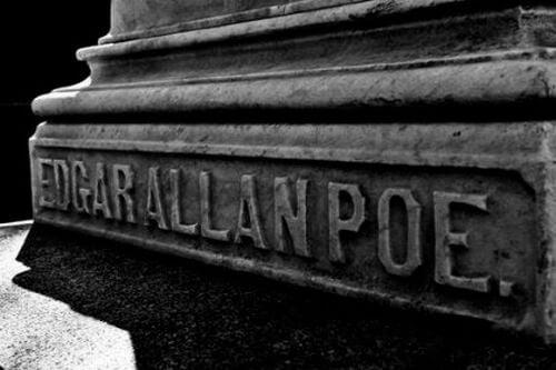 Edgar Allan Poe - nagrobek