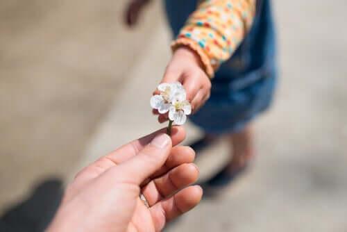 Jak nauczyć dziecko wdzięczności?